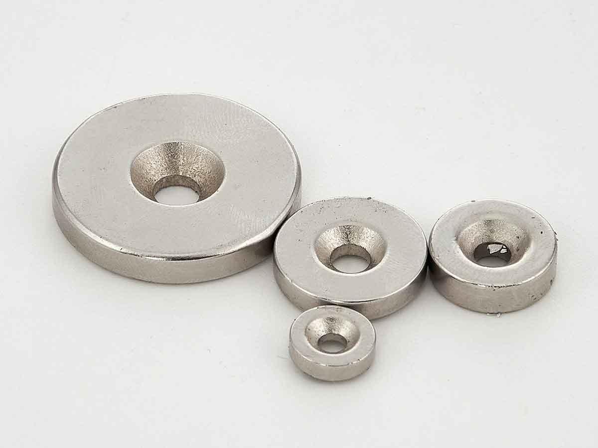 Неодимовые магнитные шайбы с зенковкой
