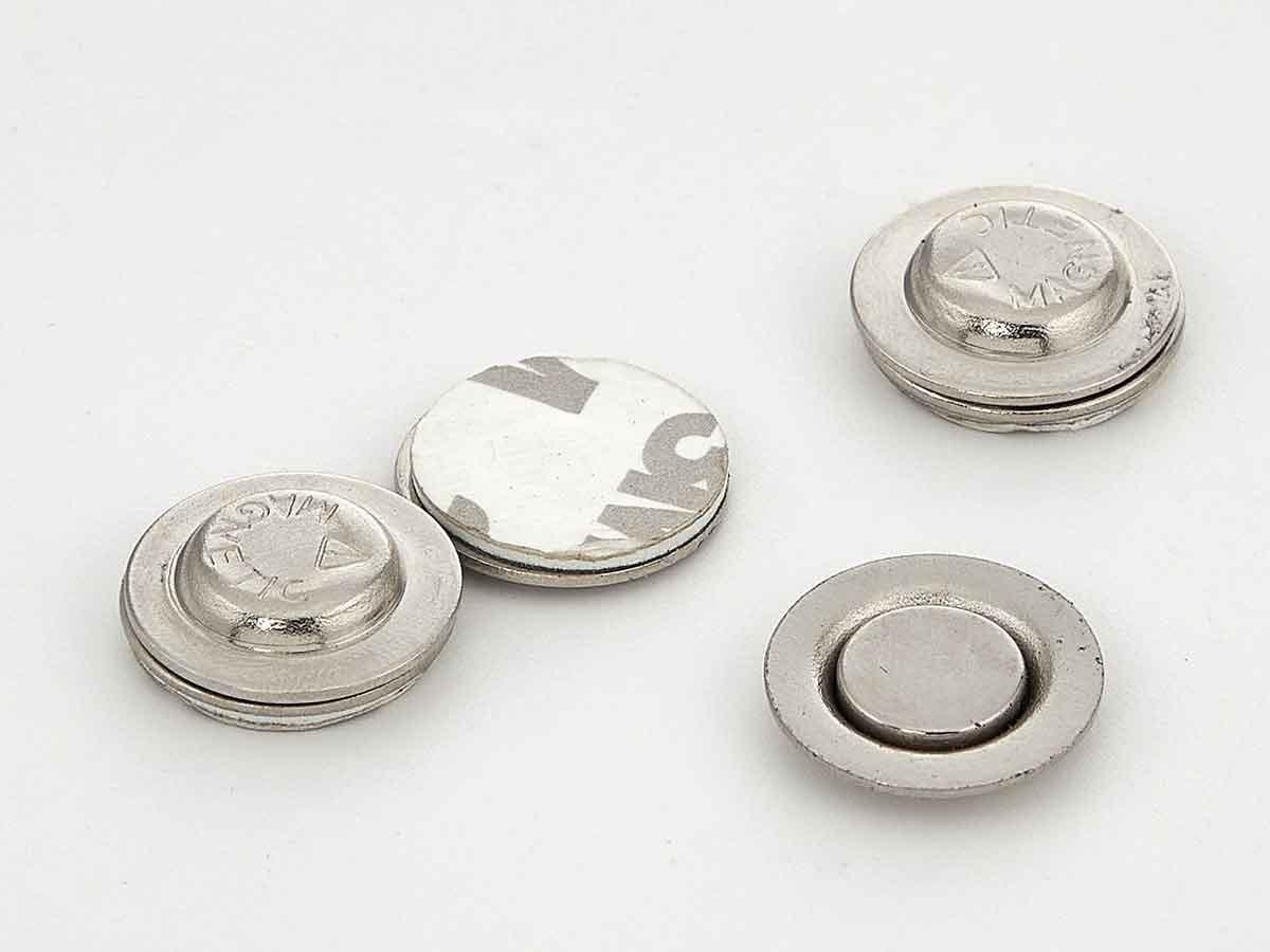 Магнитные кнопки для бейджей 17 мм