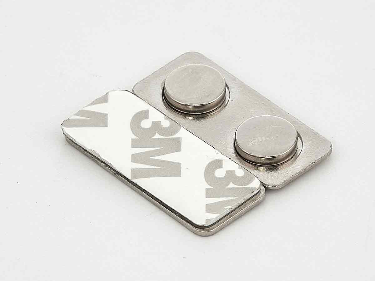 Неодимовые магниты 2 шт для бейджей на металлической планке