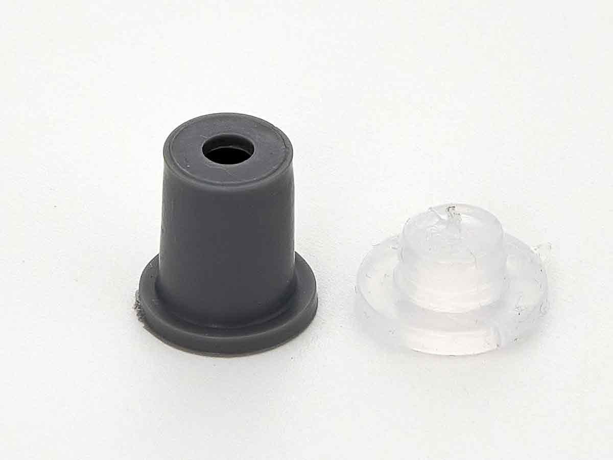 Серые дистанционные держатели. пластиковые