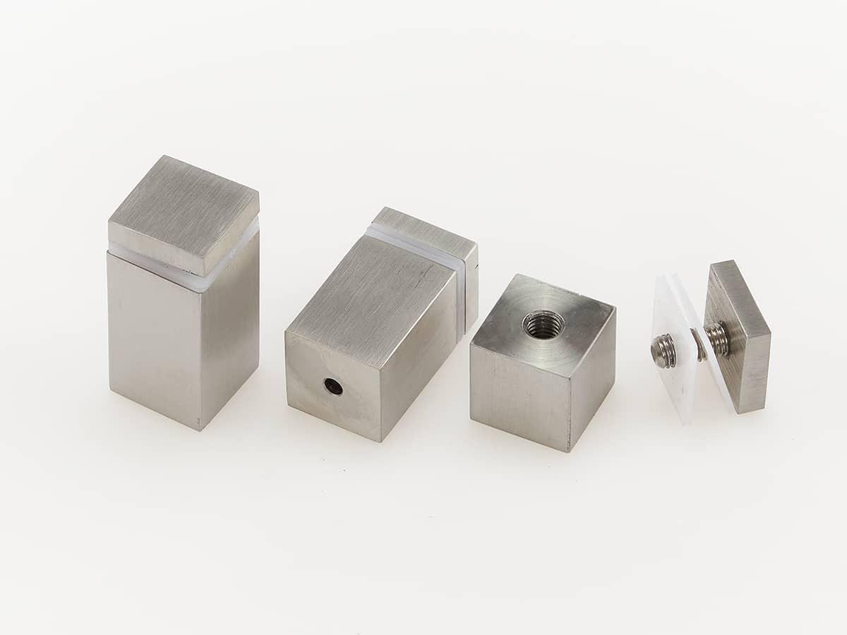 Дистанционные держатели квадратные. Длина 30-50 мм